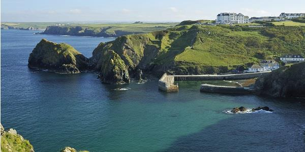 A panoramic view of Mullion Cove