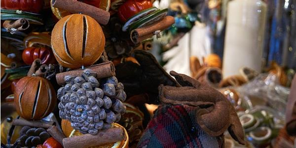 Visit a traditional Christmas Market in the Cotswolds this festive season